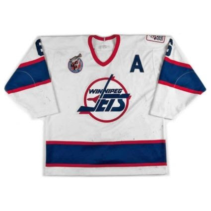photo Winnipeg20Jets201992-9320F20620jersey.jpg
