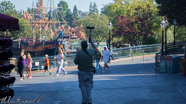 Disneyland Resort, Disneyland, New Orleans Square, 4, Eye, Camera