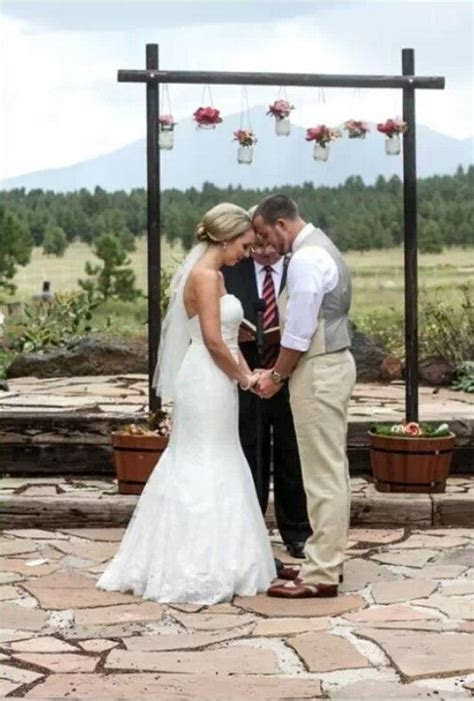 rustic chic wedding with our DIY wedding arch. Arch at the
