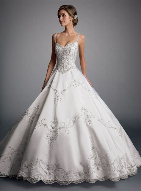 Eve of Milady Wedding Dresses   MODwedding