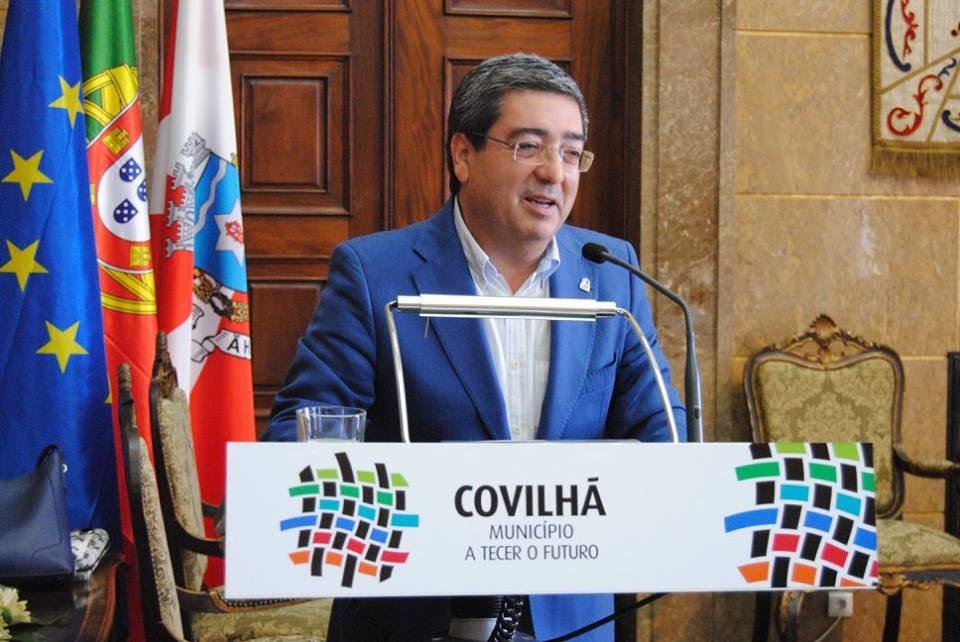 Resultado de imagem para Dr. Vítor Pereira, Presidente da Câmara Municipal da Covilhã