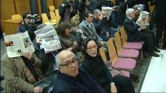 Els acusats en la primera sessió del nou judici a l'Audiència de Barcelona