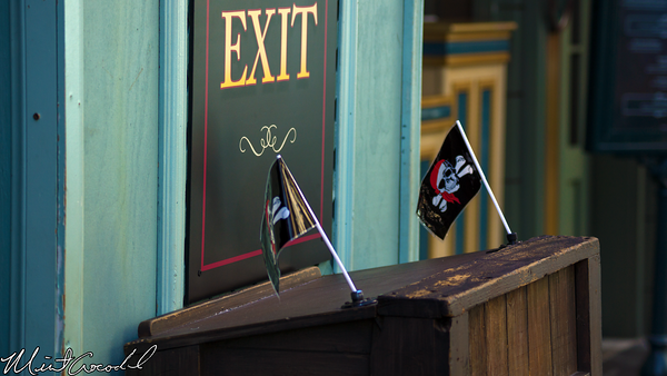 Disneyland Resort, Disneyland, New Orleans Square, Rooftop, Club 33, Refurbishment, Refurb, Pirates of the Caribbean, Exit