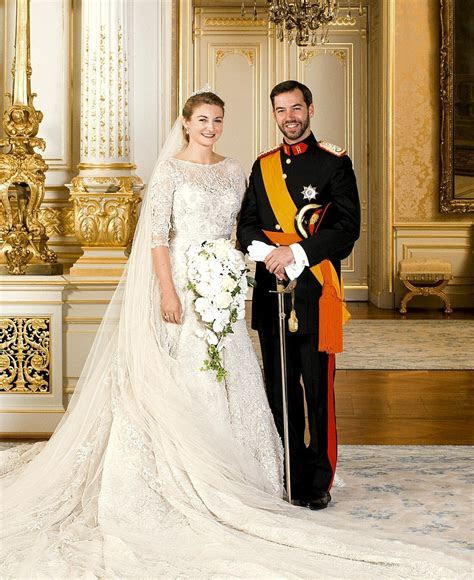Prince Guillaume marries Countess Stephanie de Lannoy in