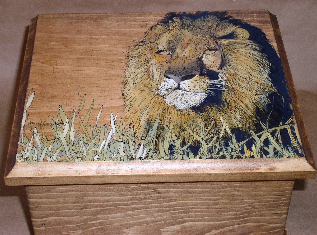 ON SALE Hand Painted Lion Wood Hinged Box