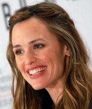 """Atriz Jennifer Garner revela que filme """"Milagres do Céu"""" restaurou sua fé e de sua família"""