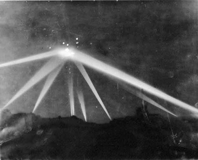 A Batalha de Los Angeles : o que teria sobrevoado o céu de LA na noite de fevereiro de 1942 ?