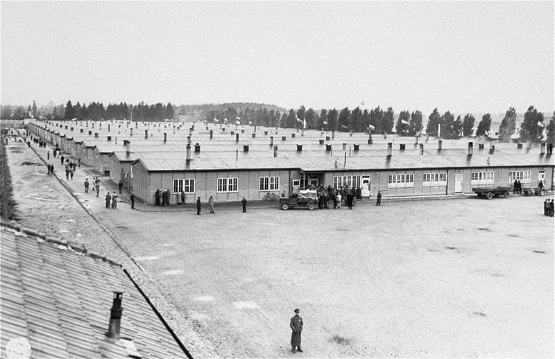 File:Prisoner's barracks dachau.jpg