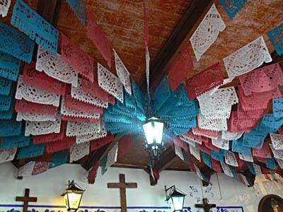 papiers découpés à la Fonda Santa Clara.jpg