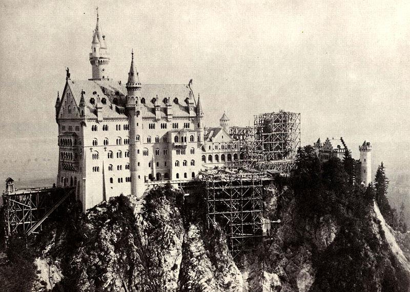 File:Johannes Bernhard Neuschwanstein Baustelle 1882-85 (01).jpg