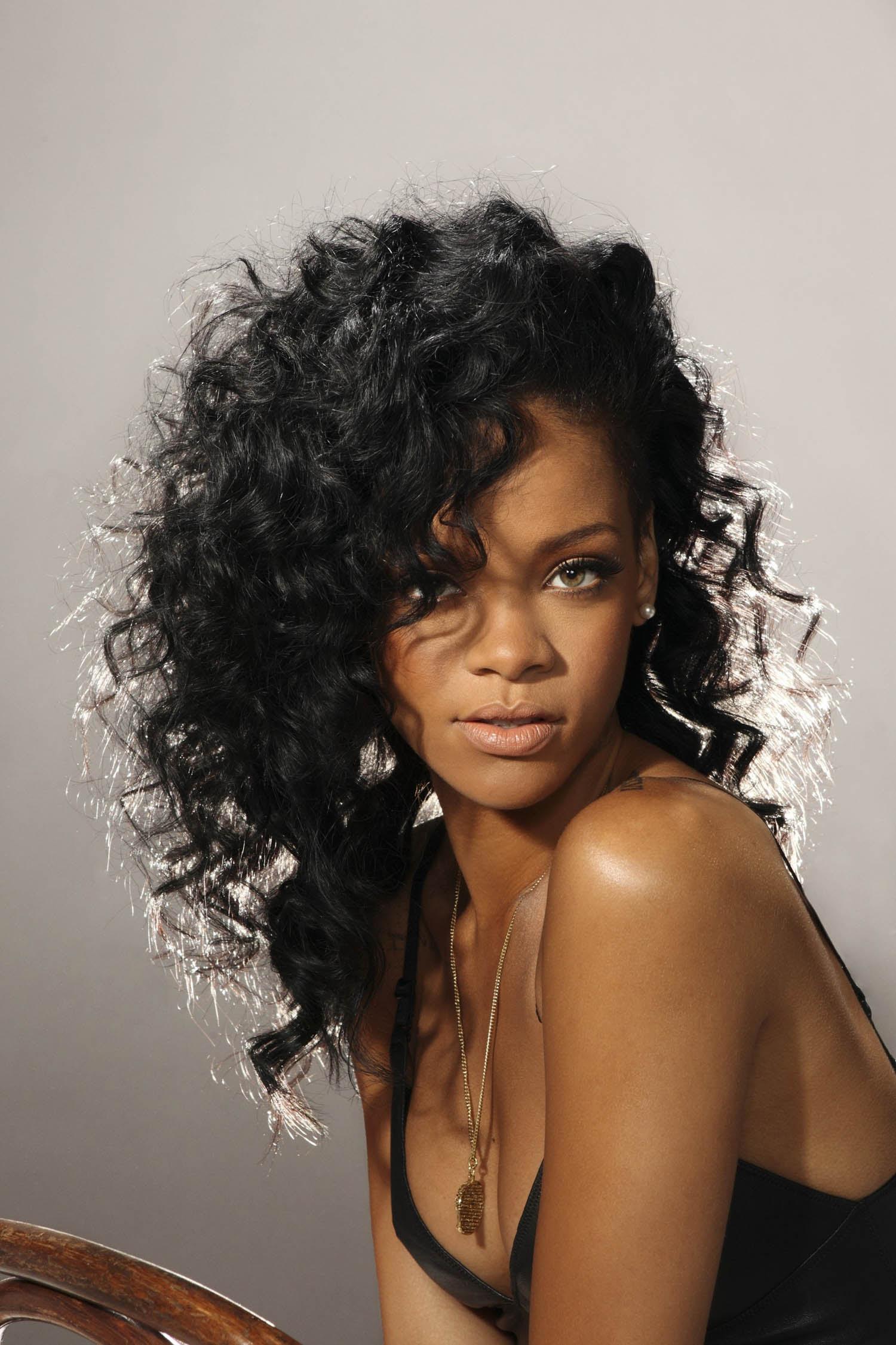Rihanna_1112 4