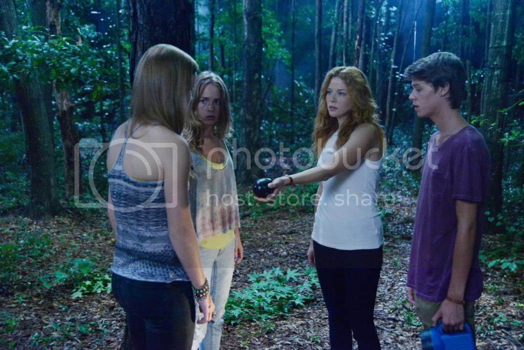 photo underthedome-113-6_zps6be0e23f.jpg