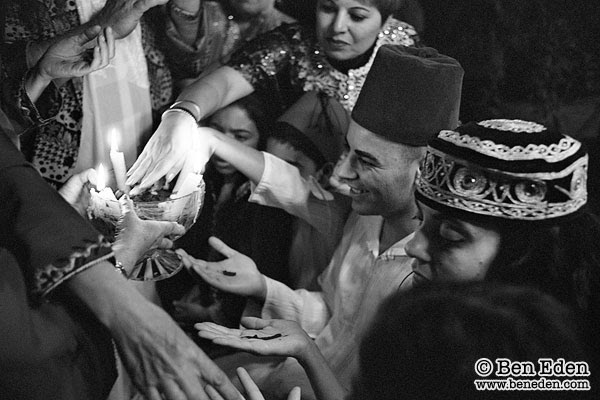 http://www.beneden.com/reportage/henna.jpg