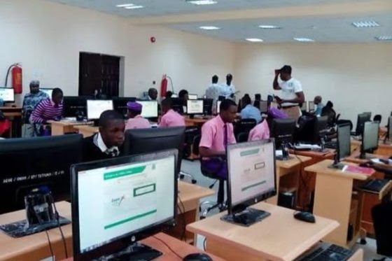 JAMB pegs 2017 cut off mark for universities at 120