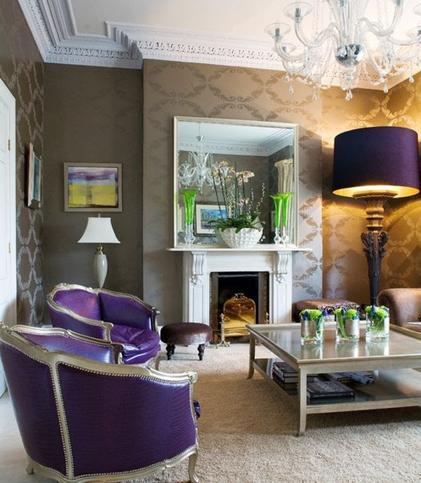 Eclectic living room adds purple in a way you simply cannot miss!