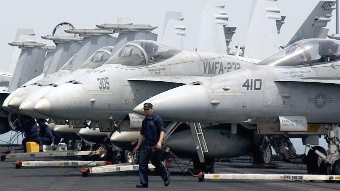 A Marinha dos EUA está canibalizando seus aviões de combate para mantê-los no ar