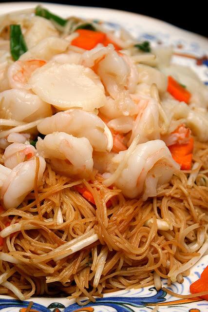 Fried Seafood Mee Sua