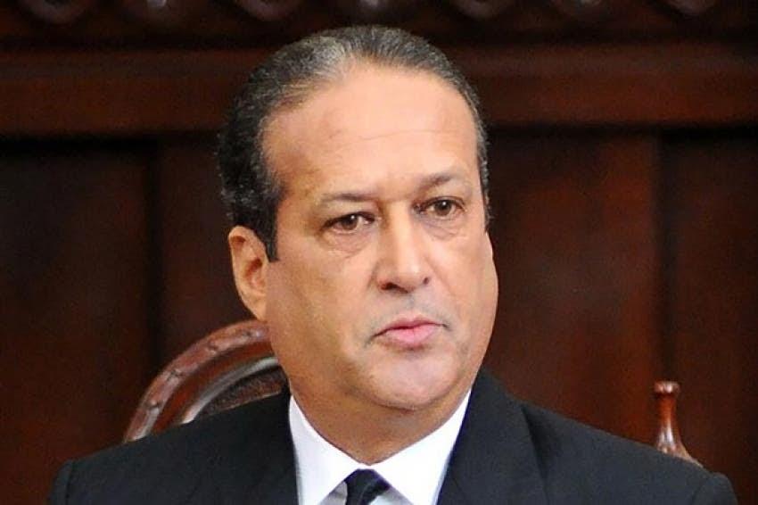 Presidente del senado Reinaldo Pared Perez, anuncia padece de tumor en el esófago