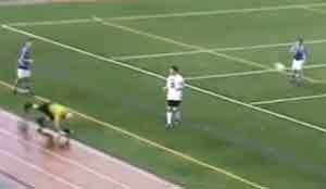 USA, arbitro colpito in testa durante un match perde il parrucchino