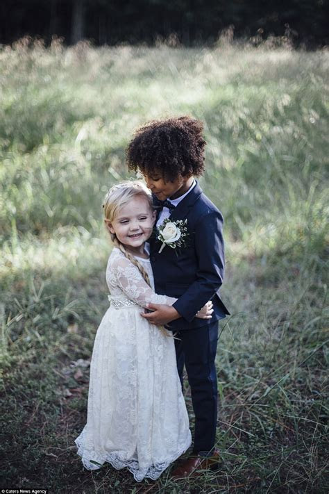 Child best friends get 'married' to each other   Daily