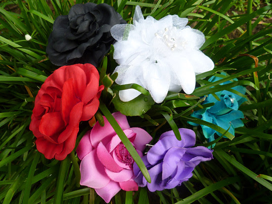 11 Nov 07 - Floral Brooches and Hairpins (2)