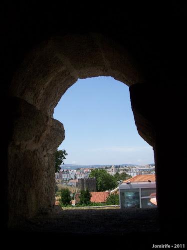 Castelo de Bragança: Domus Municipalis - Janela