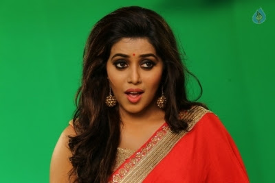 Poorna New Gallery - 15 of 33