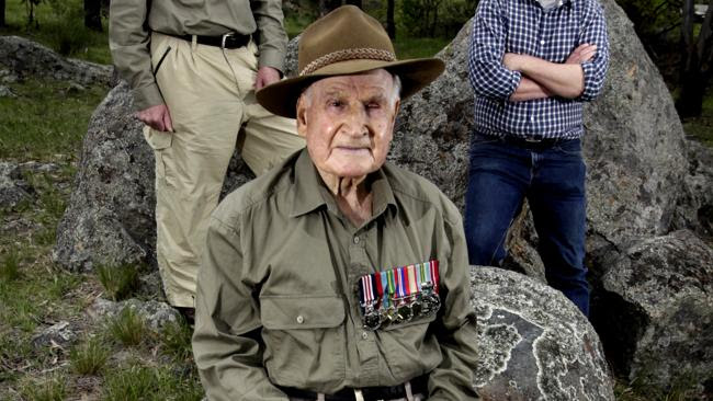 Ninety-two year old Bede Tongs MM (centre) 3rd Battalion CMF warrior and Kokoda veteran.