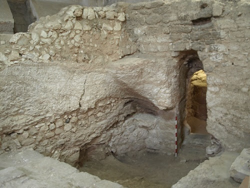 http://tobilobablog.blogspot.com/2017/05/pic-see-1st-century-house-in-nazareth-WHER-JESUS-CHRIST-MAY-HAVE-GROW-UP-IN.html