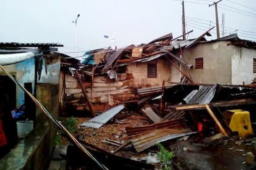 Photos: Heavy Rainfall, Windstorm Hits Abeokuta Ogun State, Destroys Properties
