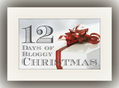 Bloggy Christmas Button