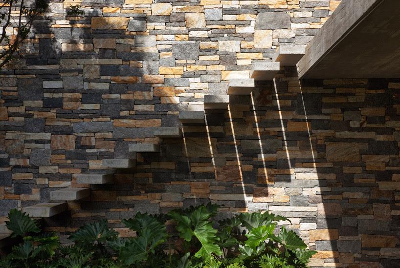 Exterior Floating Staircaseinterior Design Ideas