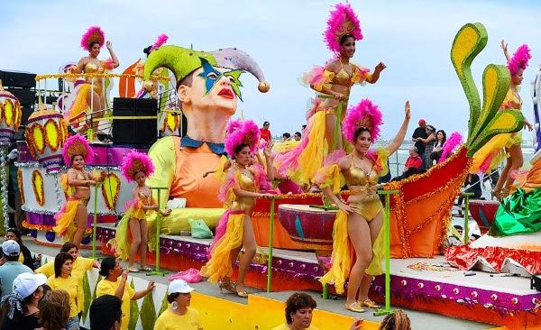 Resultado de imagem para carnaval no mexico