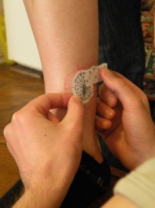 Dandelion Tattoo (11 pics)