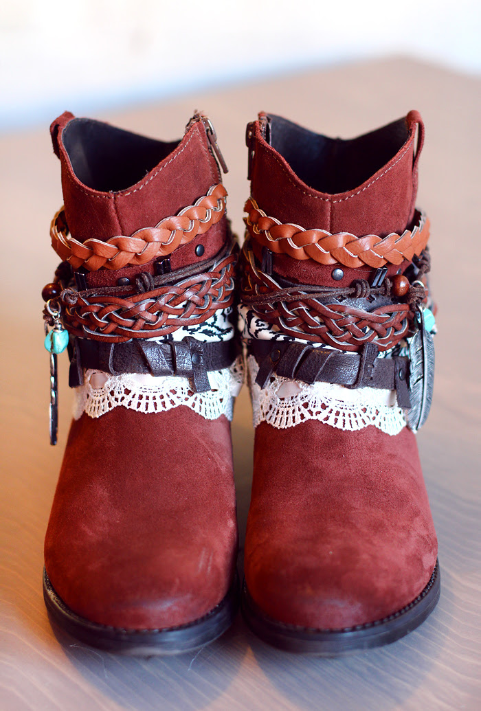 Affordable boho bohemian DIY projects. DIY bohemian clothing. DIY bohemian jewelry. Bohemian tutorials. DIY boho. Make your own bohemian clothing. Bohemian crafts. DIY bohemian clothing. How to be a bohemian. How to dress bohemian.