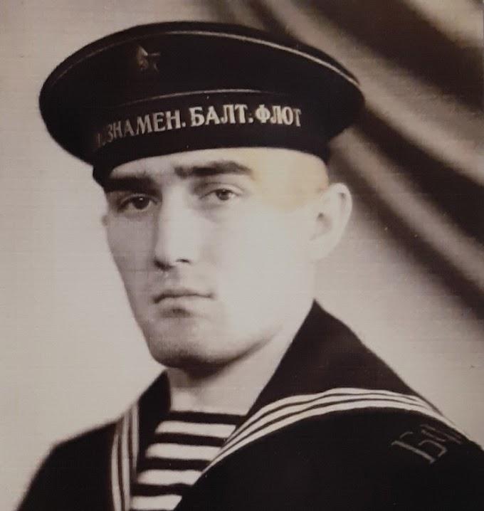 Зелимхан Халухаев: моряк, подводник, капитан первого ранга