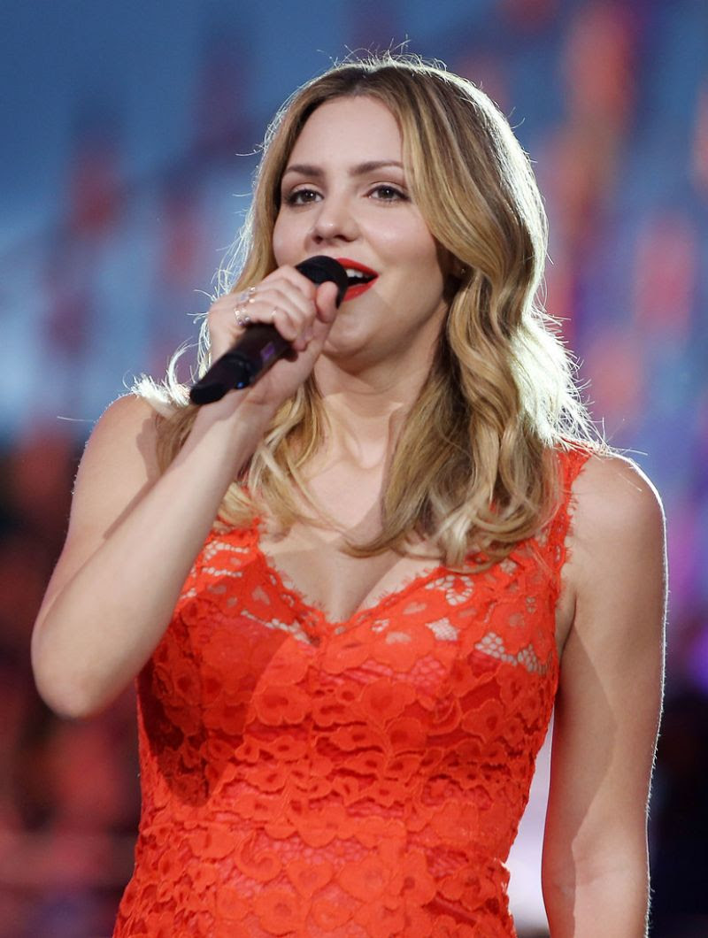 KATHARINE MCPHEE Performs at 27th National Memorial Day Concert in Washington 05/29/2016