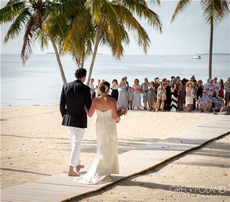 How Much Does It Cost To Have A Beach Wedding In Florida