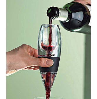 The Wine Enthusiast Vinturi Red Wine Aerator is clearly on the cutting edge of aeration design.