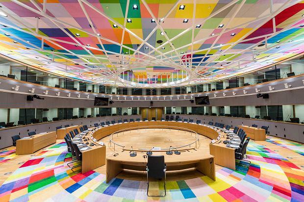 Znalezione obrazy dla zapytania budynek Europa zdjecia