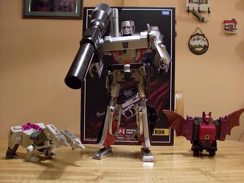 Transformers Megatron Masterpiece MP05, Hun-Grrr G1 y Mindwipe G1