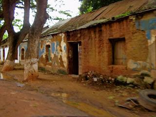 Angola, Kuanza Norte, Dondo - Fim da Época das Chuvas