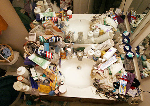 Clear Bathroom Clutter with Organizational Expert Justin ...