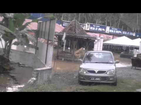 mangsa banjir di pusat pemindahan kampar berkurangan worldnews paras air di perak selangor sarawak melebihi tanda amaran jps 480x360