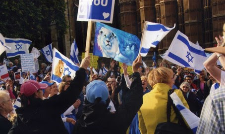 Christian supporters of Israel rally in London