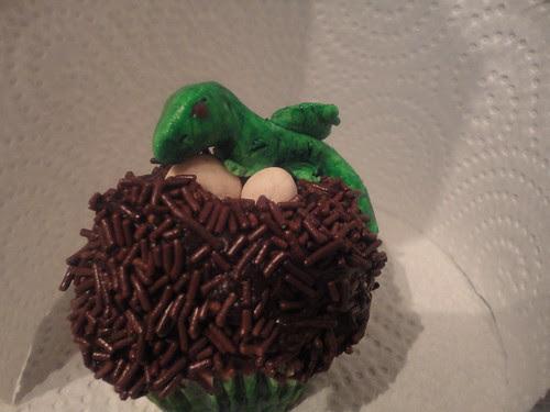 Nidos cupcake dragón