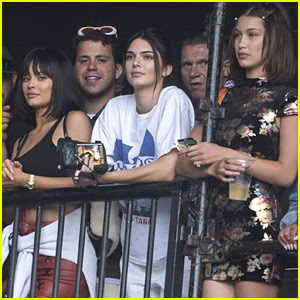 Kendall & Kylie Jenner Watch Travis Scott at Wireless Festival!