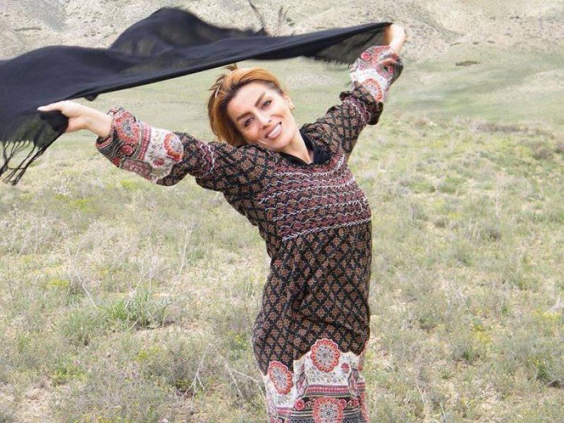 Iranianas protestam contra a estrita lei do hijab publicando fotos com a melena ao vento 10
