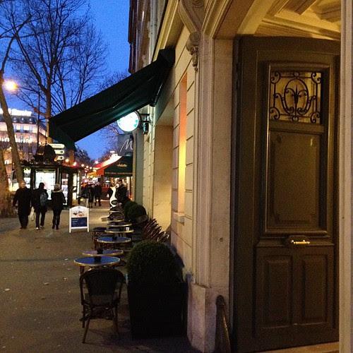 Café by Jean-Fabien - photo & life™