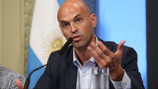 El ministro de Transporte, Guillermo Dietrich, cuestionó el proyecto para limitar el ingreso de ex CEOs al Estado